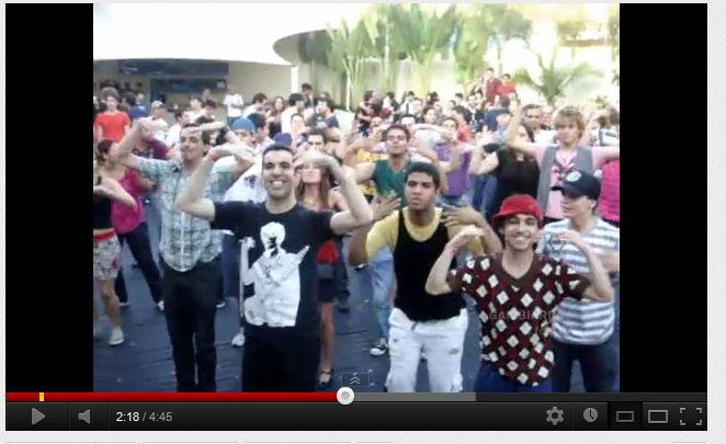 2012.05_-_flash_mob_pacha