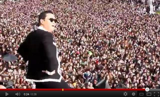 2012.11_-_flashmob_gangnam_style