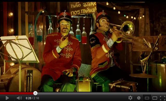 2012_-_trailer_palhao